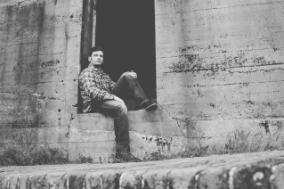 Black & White Photography - Senior Session at Ft. Morgan, AL photography by Jenni Guerry Photography